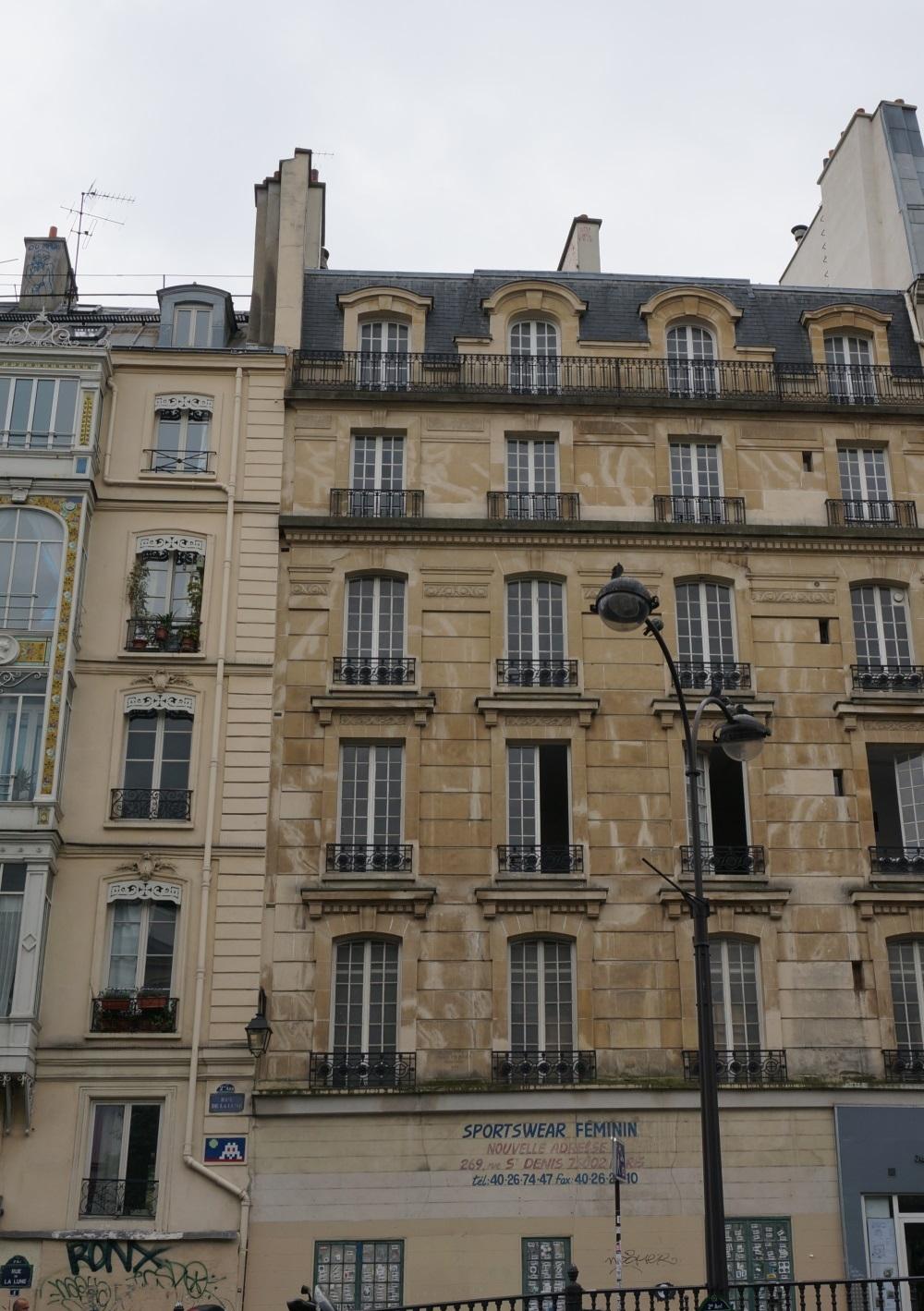 2014, ibidem.xyz ,Bombardement rue de La Lune,1, rue de la Lune,Paris,France