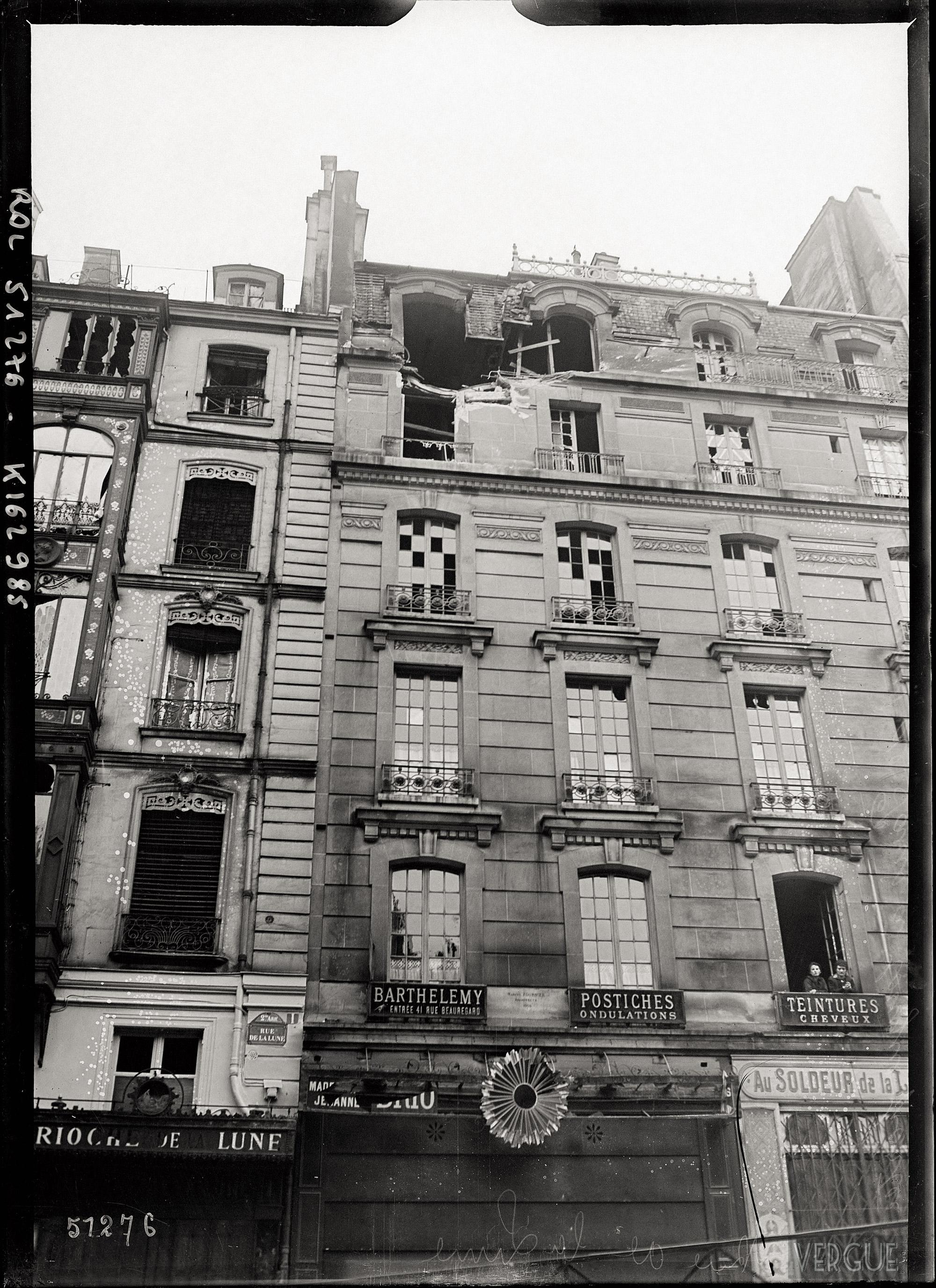 1918,Agence Rol,Bombardement rue de La Lune,1, rue de la Lune,Paris,France
