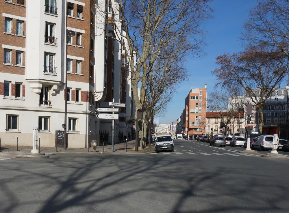 2019, ibidem.xyz ,Les fortifications de Thiers – Porte Brancion,5, avenue de la porte Brancion,,France